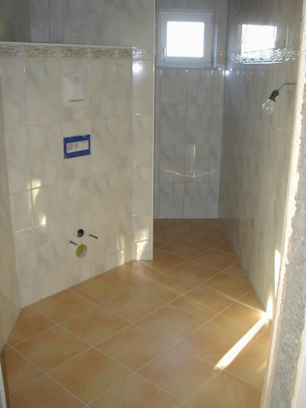glasmosaik fliesen braunbeigegste wc kreative deko ideen